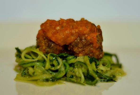 Courgette Spaghetti, Pesto and Meatballs