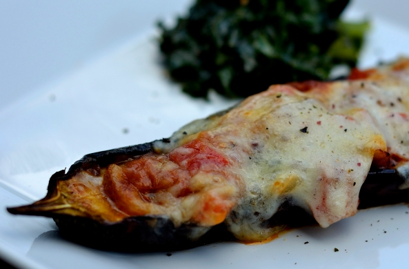 Baked aubergine and garlic Kale