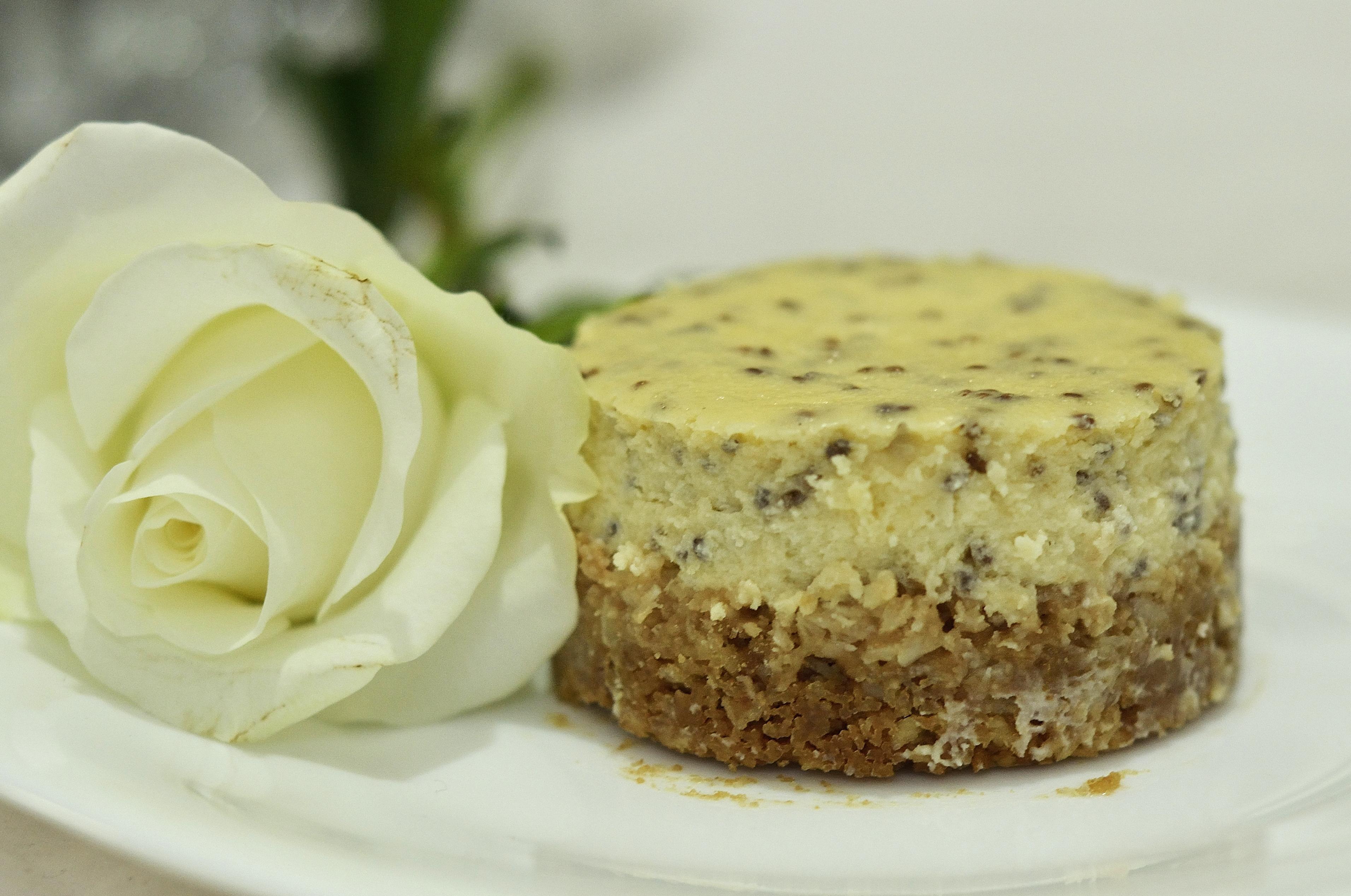 Baked Lemon Cheesecake (Gluten and sugar free) | Tolu's Kitchen